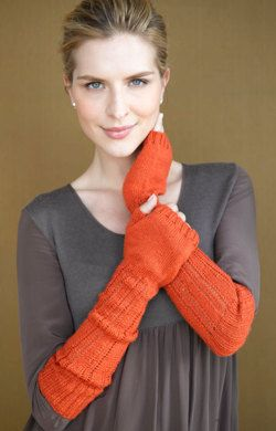 Sparrow Fingerless Gloves in Lion Brand Sock Ease - 90590AD