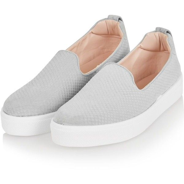 Topshop Anaconda Effect Slip on Trainers (81 BRL) ❤ liked on Polyvore featuring shoes, sneakers, flats, zapatos, slip on, grey slip on shoes, slip on flats, snake print slip on sneakers, grey flats and flat shoes