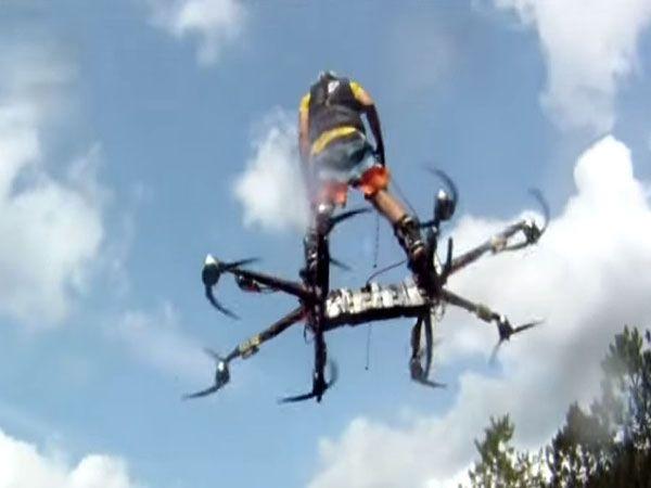Un nouveau prototype d'hoverboard fait ses preuves au Canada