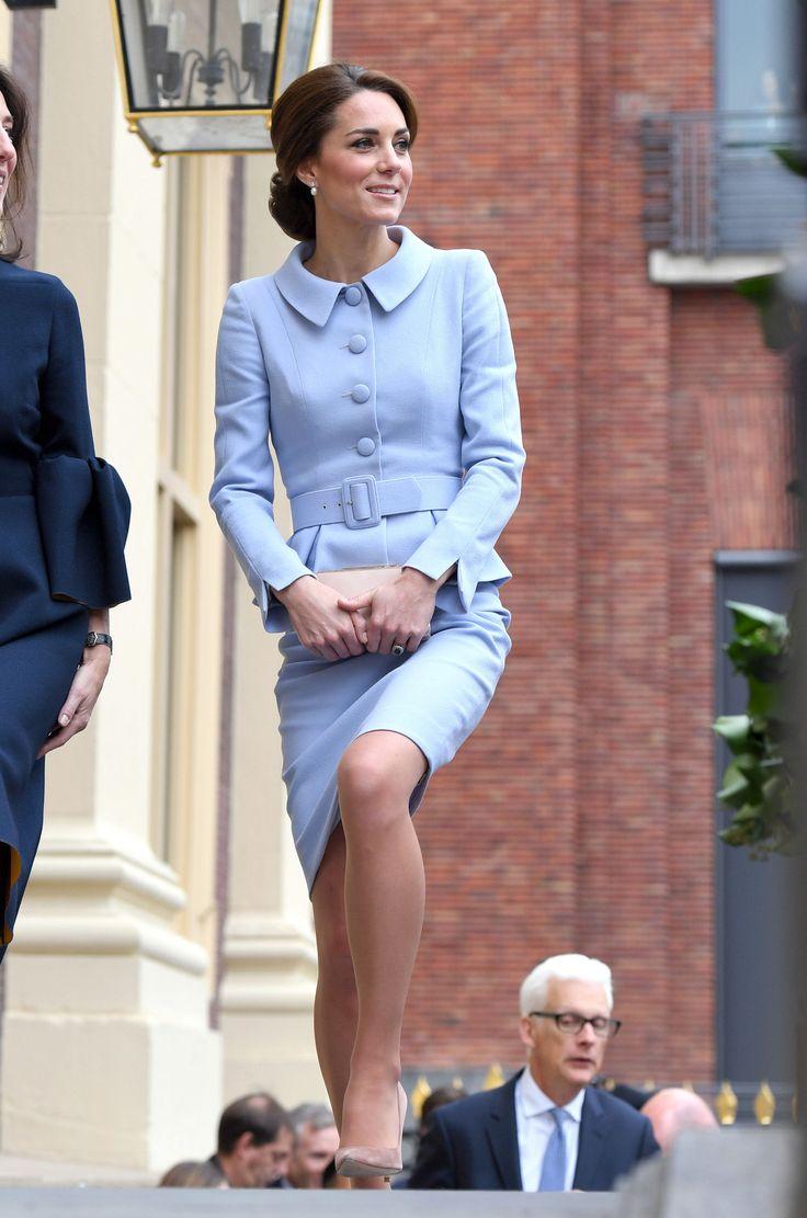 Kate Middleton ha preso in prestito un accessorio da questo look della Regina Elisabetta -cosmopolitan.it
