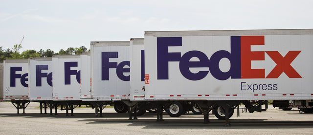 FedEx Express trunking trailers
