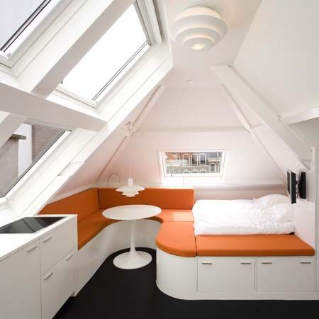 Bed and breakfast attic flat by Queeste Architecten in the Hague, the Netherlands.