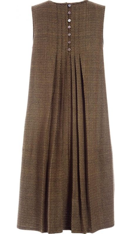 "</p> <p class=""p1"">Sleeveless round neckline dress in olive green handwoven wool.Front and back panels with stitched pleats, open below waistline.Side seam pockets.Mother-of-pearl buttons fastening to the back.</p> <p class=""p1""> </p> <p class=""p1"">100% Wool</p> <p style=""font-size: 12.1599998474121px; line-height: 15.8079996109009px;"">"