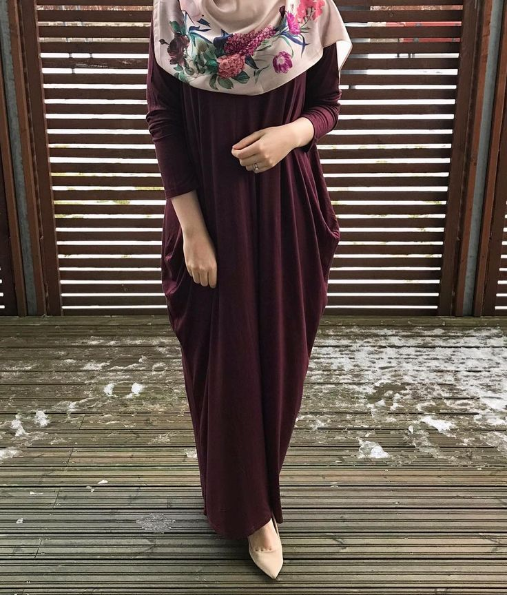 """436 Likes, 12 Comments - سێڵدا Selda (@mixed.hijabi) on Instagram: """"Stunning abaya from @fjscollection  Whenever I need a simple yet elegant abaya, she's the one I go…"""""""