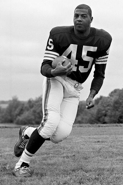 Black Then | Ernie Davis: First African-American to Win the Heisman Trophy