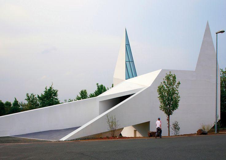 Galeria - Igreja na Rodovia em Siegerland / Schneider+Schumacher - 1