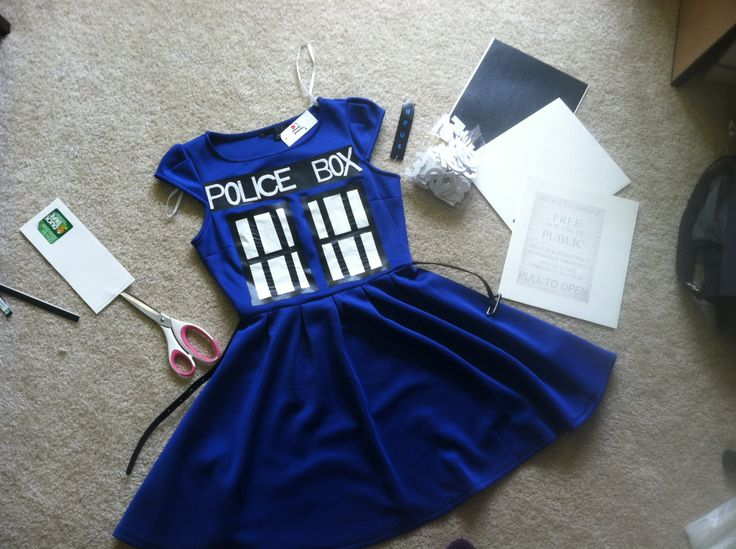 The 15 minute $40 TARDIS costume ; After scouring the Internet many hours for a good, cheap, easy TARDIS costume, I have decided to make my own. Here's what you need: - 2-3 sheets of white duct tap...