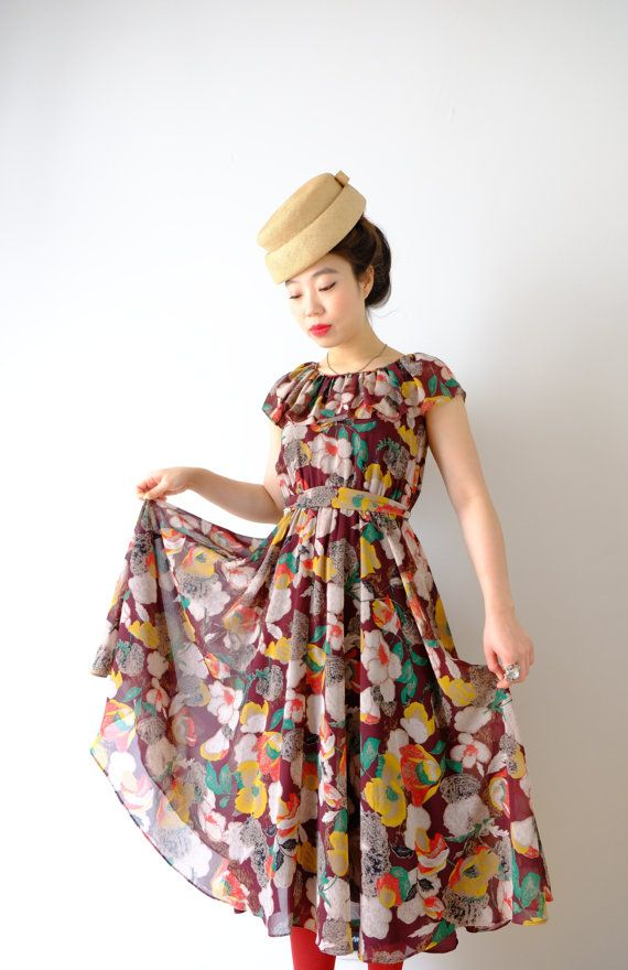 HOLD  Flowers Japanese vintage dress XS  S by kamomeya on Etsy