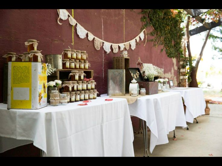 Gifts for guests- jars of honey..