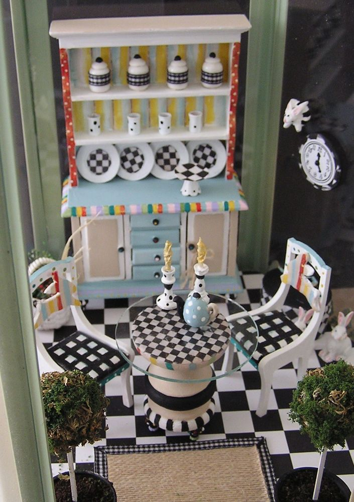 Dollhouse Miniature Painted Patio Dining Furniture by Janet Peters Decorative Painter and Miniaturist 1:12 scale