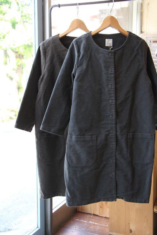 Collarless coat | Off black | モールスキンコートワンピース - 100% picnic.