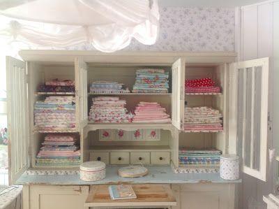 Pünktchenglück: Fabric organization vintage style