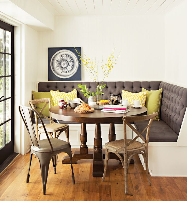 Best 25 corner dining table ideas on pinterest corner for Corner dining table