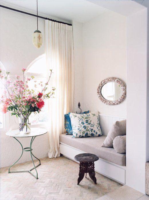 wild beauty: Pillows Covers, Cozy Nooks, Interiors Design, Flower Arrangements, Reading Corner, Reading Nooks, Home Decor, Bedrooms, Window Seats