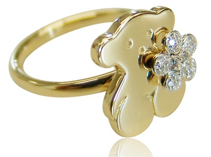 I Want Ring From Tous, With That Teddy Bear On The Front Like That :)
