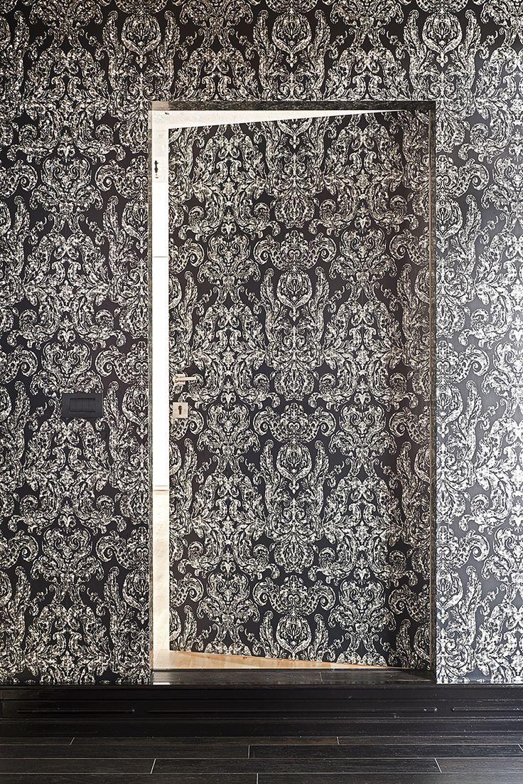 Onzichtbare deur met barok patroon