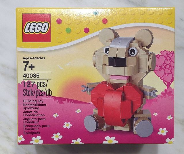 lego valentines day bear