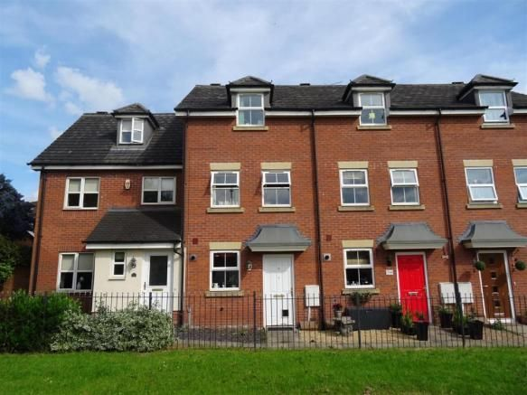 3 bedroom town house for sale - Beacon View, Bagworth, Leicestershire Full description           ** SITUATED ON THIS POPULAR DEVELOPMENT WITHIN THE VILLAGE OF BAGWORTH AND ENJOYING A PLEASANT POSITION WITH GREEN AREA TO THE FRONT. GARAGE AND PARKING. VIEWING RECOMMENDED ** This contemporary three storey home comprises; entrance hall, cloakroom/wc, lounge, fitted... #coalville #property https://coalvilleproperties.com/property/3-bedroom-town-house-for-sale-beacon-view-bagwo