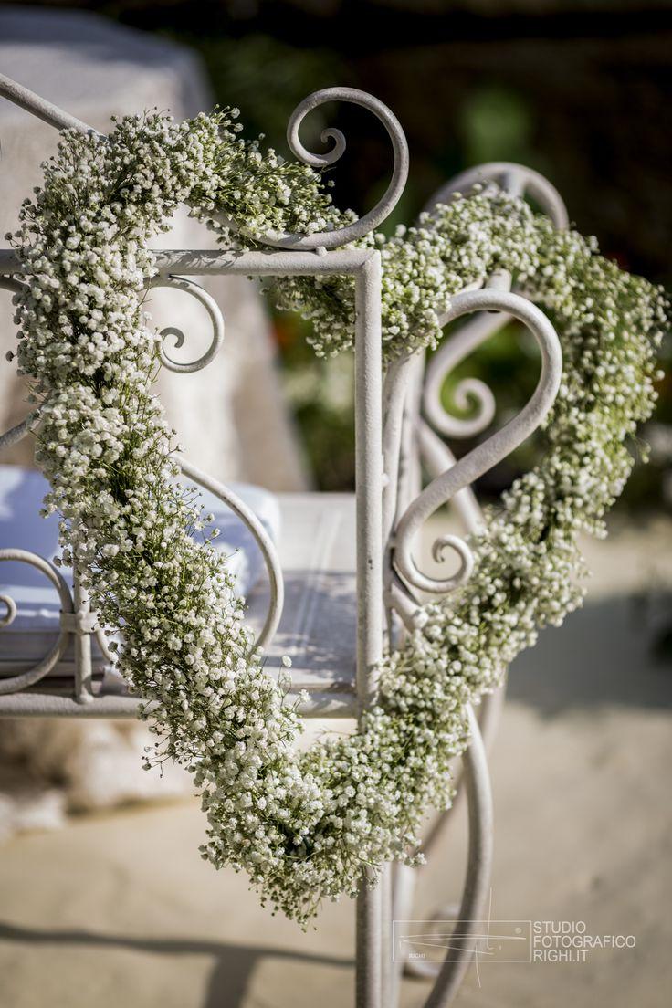 #FLORALIADECOR #StudioFotograficoRighi #MetalBenchGarden #FlowerArrengement #HeartOfGypsophila