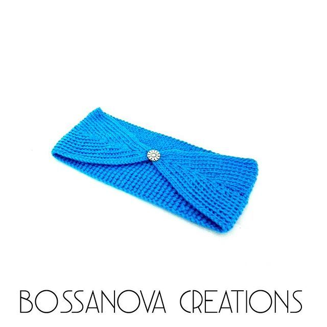 #bossanovacreations #creation #headband #blue #yarnlove #yarn #picoftheday #photooftheday #crochet #crochetaddict #crocheting #loveit #fashion #handmade #hechoamano #ganchilloterapia #ganchillo #knittersofinstagram #knitting #knit #igers #igerscrochet #instaknit #instacrochet