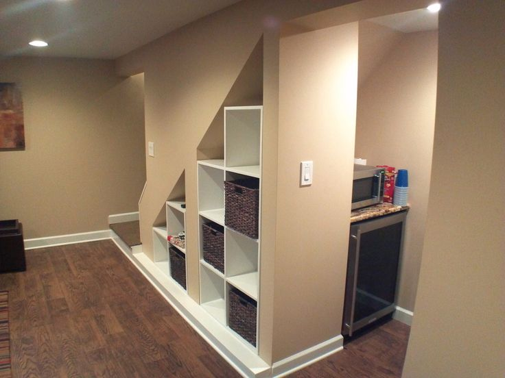 Image from http://cdn.sheknows.com/articles/2014/06/Mike_C/SheKnows_US/10389692/Basement-Storage-with-Kitchenette----Building-Vision.jpg.