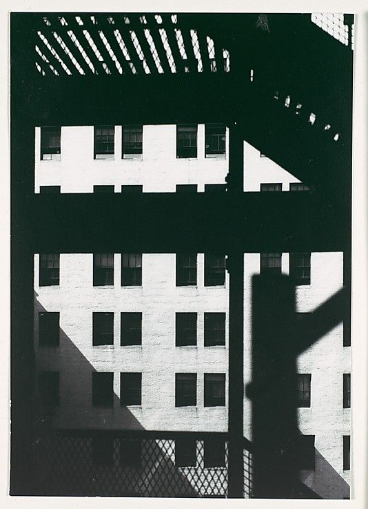 Walker EVANS :: Architectural Study, New York, 1929 #GISSLER #interiordesign