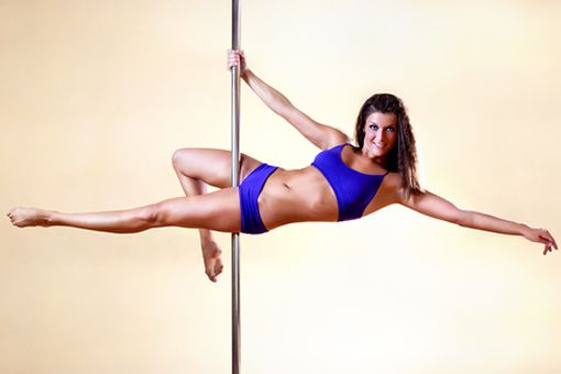 Train For Pole Dancing Without a Pole With These 15 Exercises - http://www.top.me/fitness/train-for-pole-dancing-without-a-pole-with-these-15-exercises-4668.html
