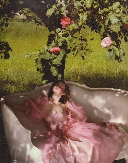 Treasured Keepsakes Rose Garden