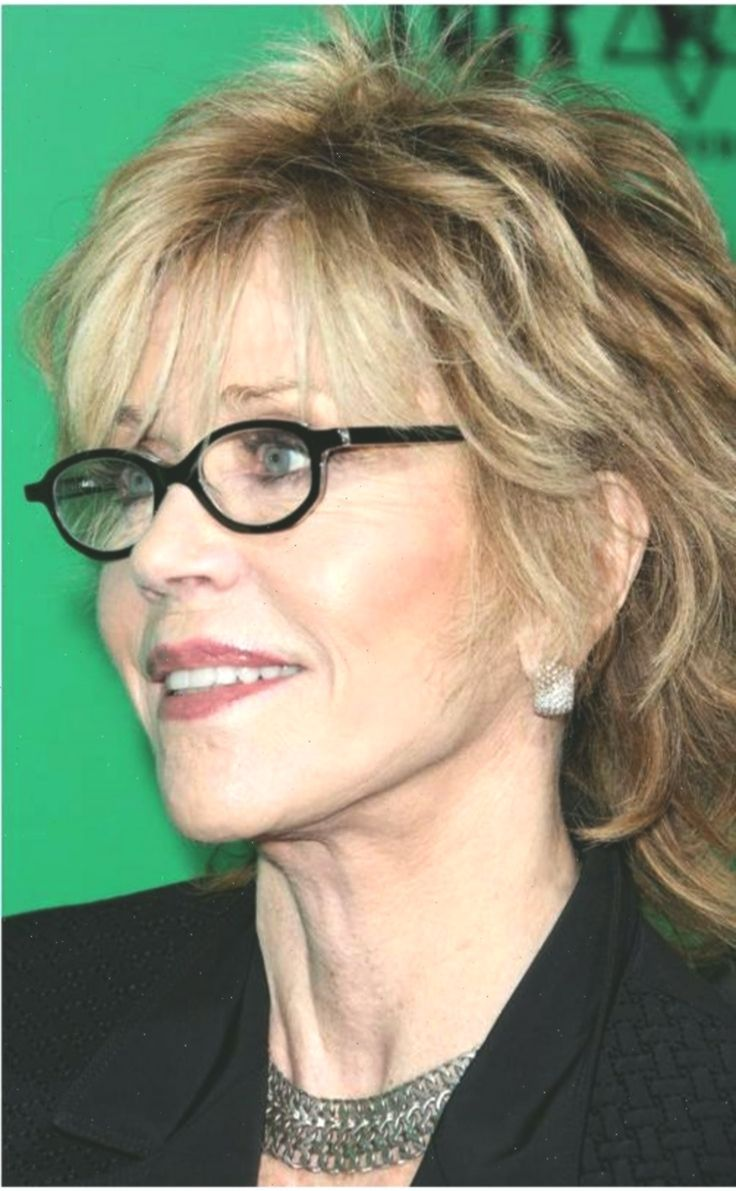 Short Haircuts For Women With Glasses Wonderful 17 Best Ideas About Over 60 Hair Glasses In 2020 Womens Hairstyles Older Women Hairstyles Hairstyles With Glasses