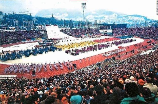 32 yıl önce bugün 1984 Kış Olimpiyatları Sarajevo #bosna #bosnia #sarajevo #saraybosna #city #snow #kar #winter #winterolympics #kış #olimpiyat by bosnatarih #masiva http://masiva.org