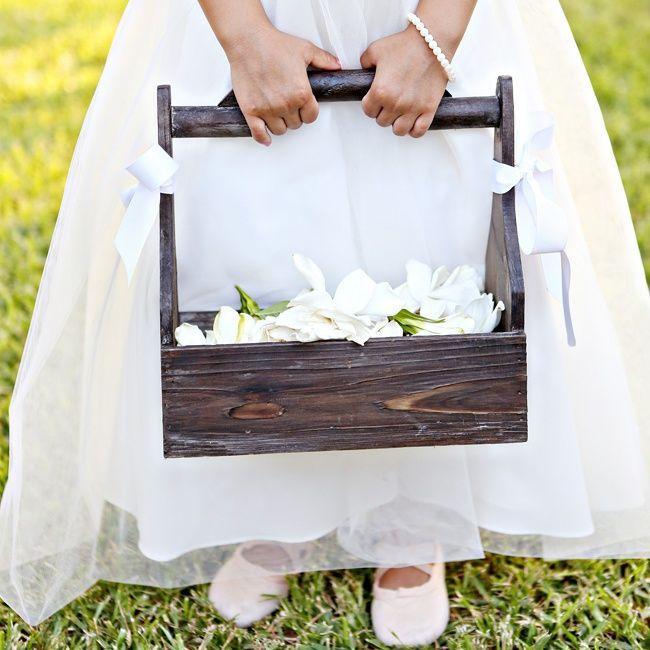 Vintage milk crate flower girl basket | Bray Danielle Photography