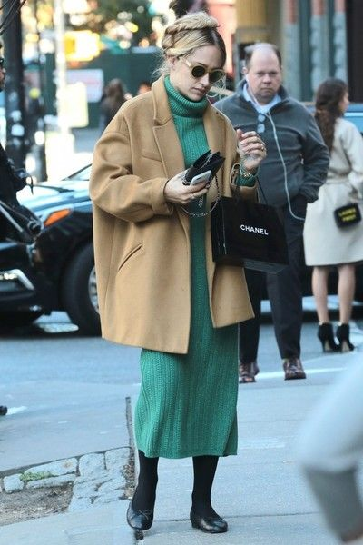 Oversized layers and stylish shades make Jemima Kirke one of our go to style icons...
