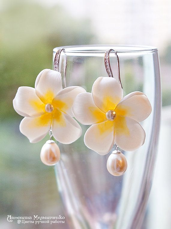 Earrings Plumeria Pearls  - Polymer Clay Flowers - Wedding Accessories