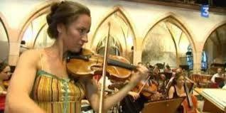 """""""Genevieve Laurenceau sur un violon stradivarius de 1682"""""""