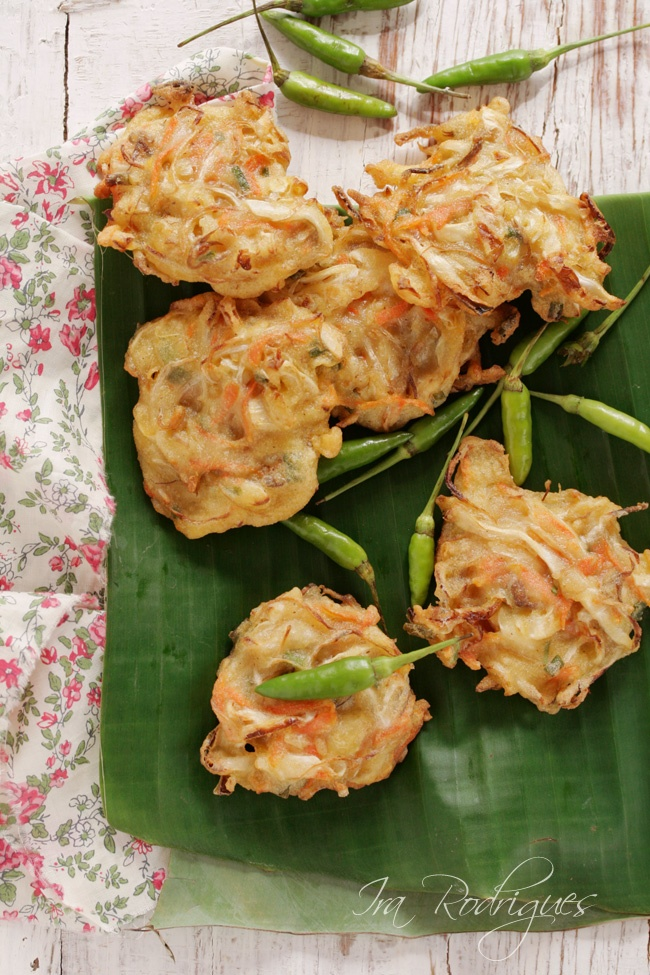 Vegetable fritters. I can eat this again and again and again.