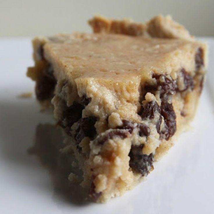 Grandma's Sour Cream Raisin Pie
