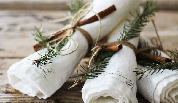 Kersttafel dekken: de mooiste servetringen zelf maken