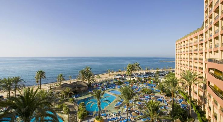 Sunset Beach Club Hotel Apartments Benalmádena Offering free daily activities, The Sunset Beach Club features 2 outdoor pools. It has 6 seasonal bars and restaurants, an on-site supermarket and free WiFi throughout.