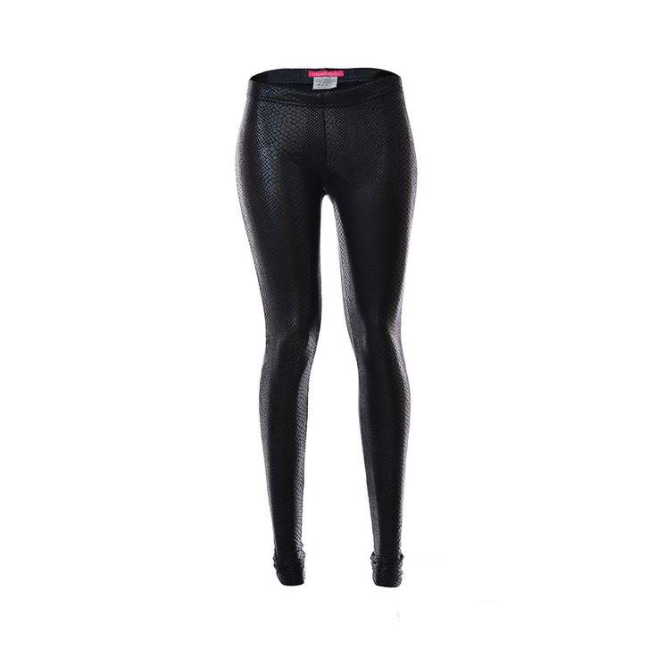 Patas Eco-Cuero, Tienda C, $15.990. Patas eco-cuero negras con diseño de serpiente, puedes combinarla con una polera de algodón blanca estilo relajada más una blusa de jea...