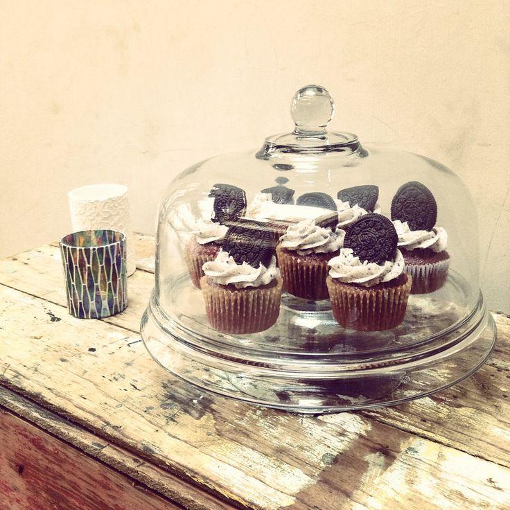 #cupcakes #redvelvet #oreo #cookiesandcream #dessert #dessertstable #party #dirtychic