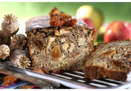 Ciasto makowe z jabłkami. Kliknij w zdjęcie, aby poznać przepis. #ciasta #ciasto #desery #wypieki #cakes #cake #pastries