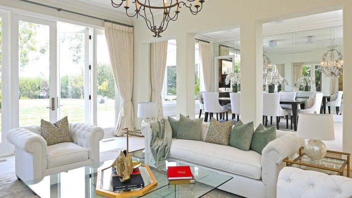 Ja virtuve ir tā vieta, kur noris visomulīgākās sarunas, tad viesistabā piedzīvo jautrākos galda spēļu vakarus, ģimenes vai draugu lokā rīkotos kino vakarus vai atpūtas mirkļus lasāmvielas varā. ''Tava Māja'' stāstos par dažādiem slavenību mitekļiem var aplūkot, kā nu kurš izvēlējies iekārtot un izmantot šo telpu.