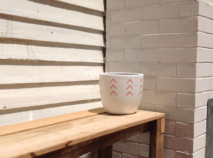 Didjun Pots. Available only at Velvet Ark, Horsham, Victoria