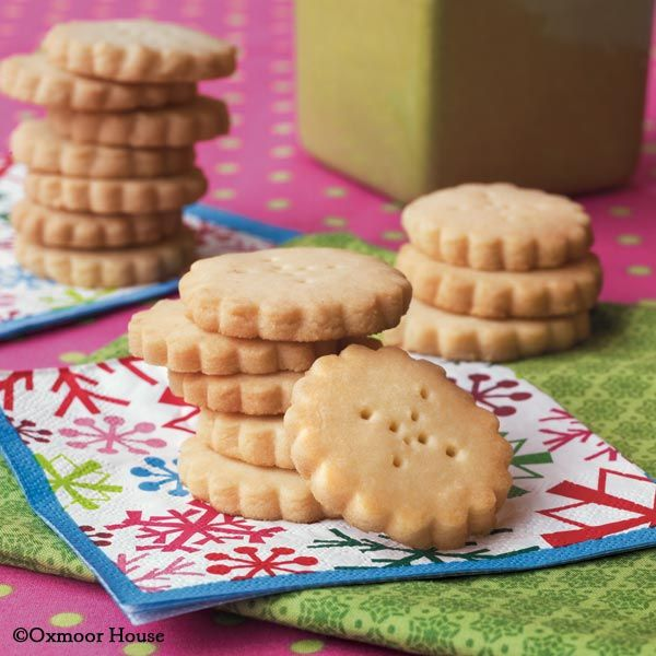 Simple Scottish Shortbread - only 4 ingredients!