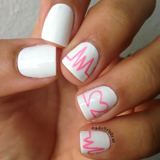 Cute nails for graduation! Totally doing this for my PINNING!!!