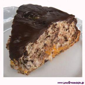 Kiesgrubenkuchen Kiesgrubenkuchen wird mit Schokolade, Sahne und Mandarinchen gefüllt vegetarisch