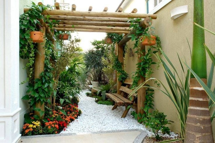 This blog is called 15 minimalist backyard design during the winter to mesmerize you