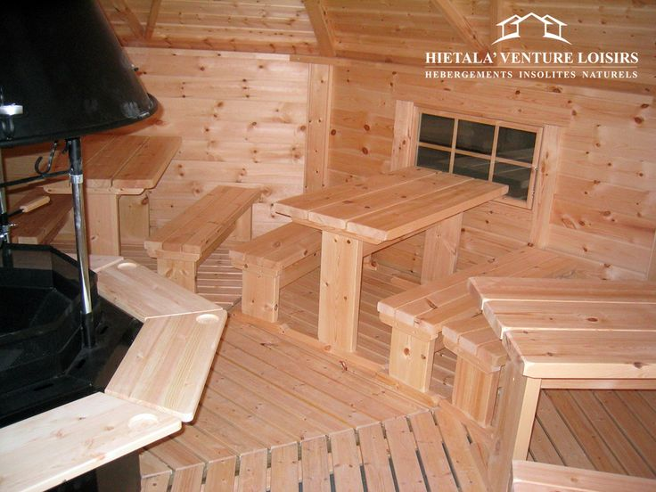 kota grill amenage version restaurant avec tables et bancs http://www.hietala-aventure-loisirs.com/