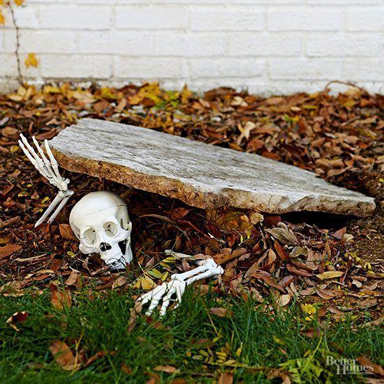 Gruselige Halloween-Geisterhaus-Ideen Riesige Halloween-Dekorationen. Für eine super