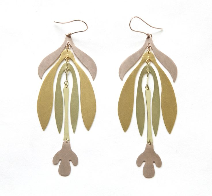 Mobile earrings from the Botany collection :  'Inflorescence' in rose, yellow and green gold by Sian Evans
